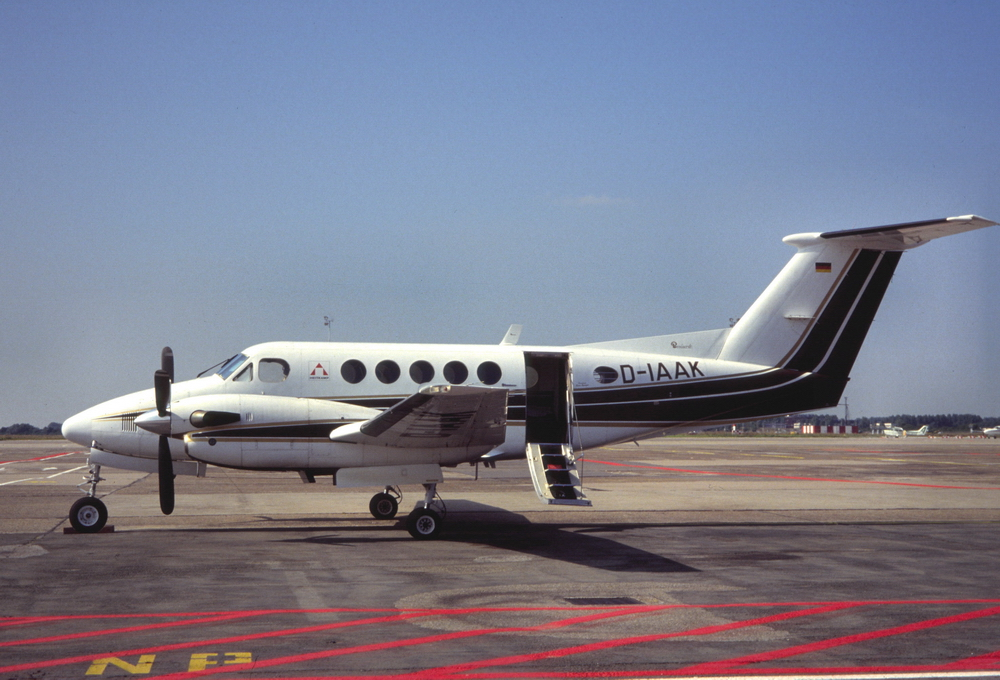 Beechcraft Super King Air photo