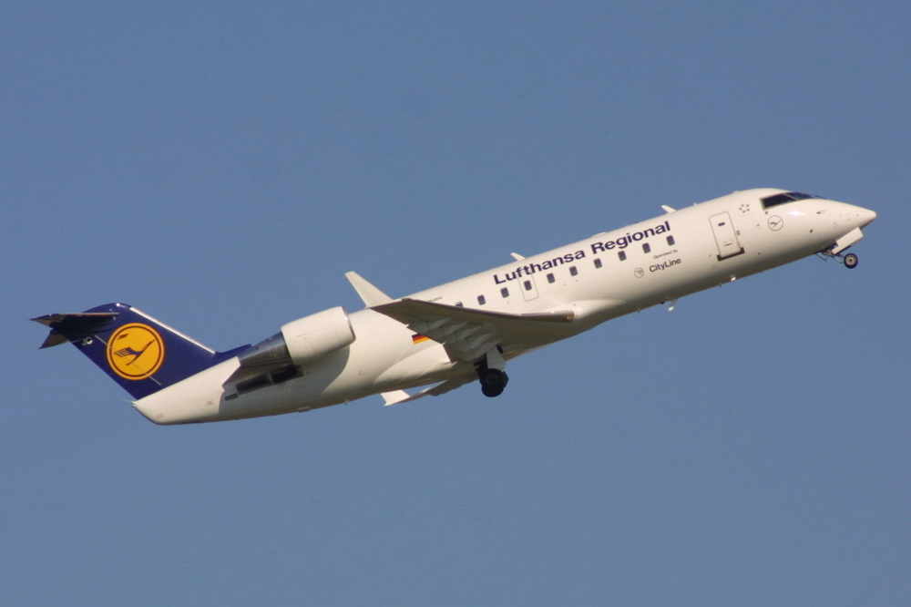 Bombardier CRJ100 / 200 / 440 photo