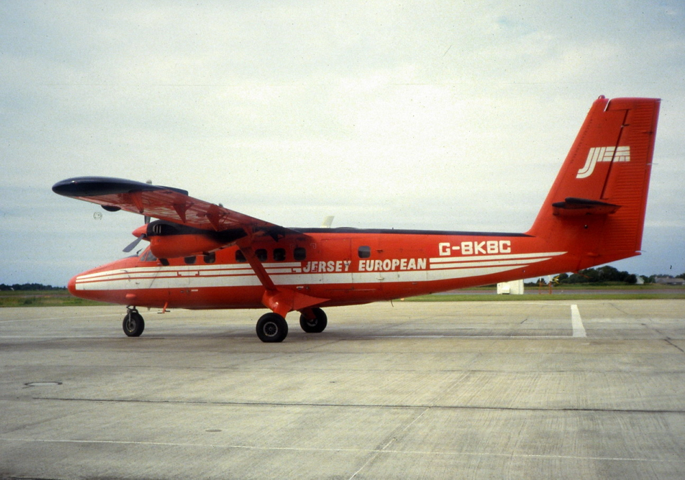 de Havilland Canada DHC-6 Twin Otter photo
