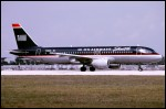 photo of Airbus A320-214 N106US