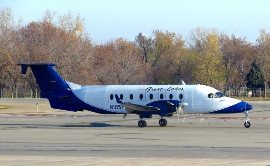 File photo of a Great Lakes Beechcraft 1900D (Photo: Daniel Betts / CC-sa)