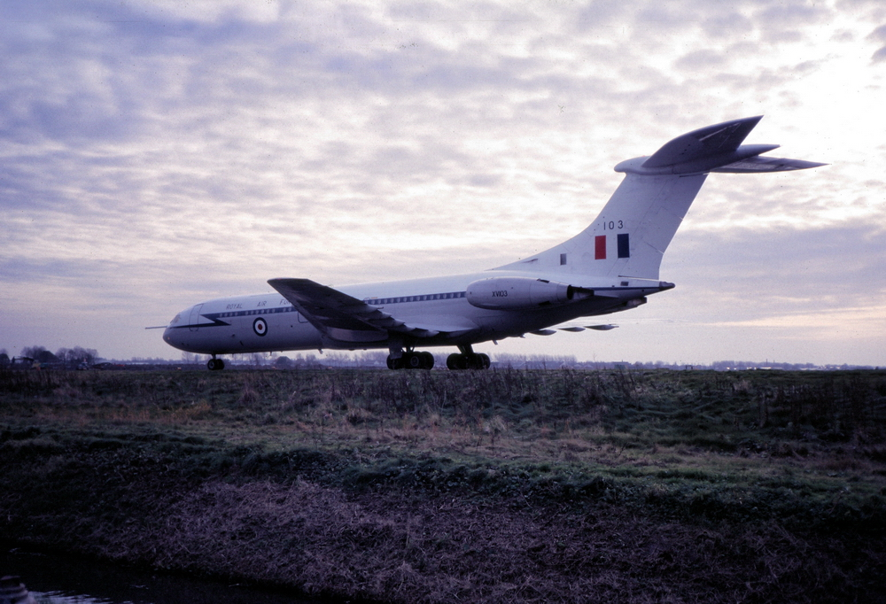 Vickers VC10 photo
