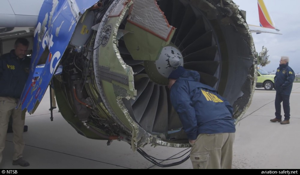 Asn Aircraft Accident Boeing 737 7h4 Wl N772sw