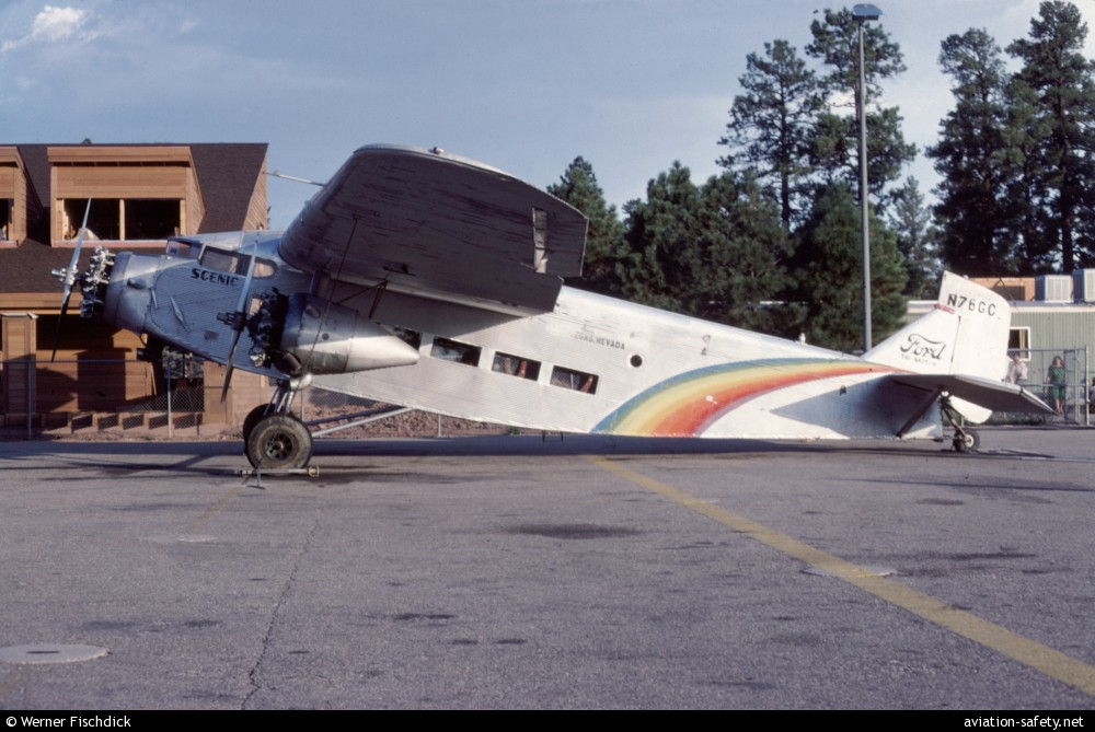Asn aircraft accident ford 5 at b tri motor n76gc las for Ford tri motor crash
